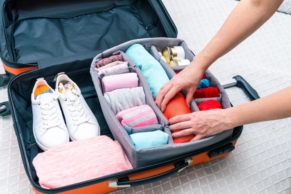 مستلزمات العمرة ومكونات حقيبة السفر